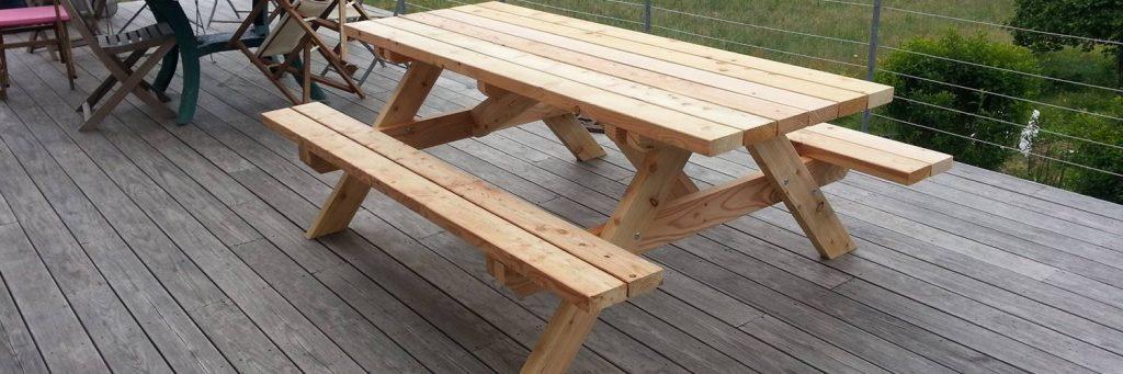 table en bois d 39 ext rieur ma terrasse en bois. Black Bedroom Furniture Sets. Home Design Ideas